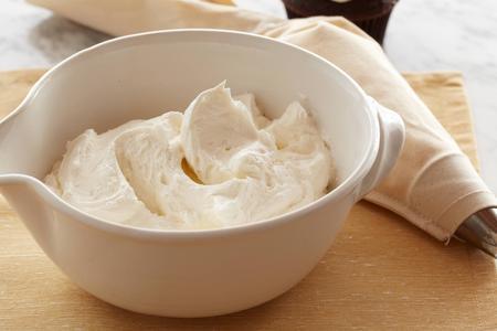 FN_Gale Gand Quick Vanilla Buttercream