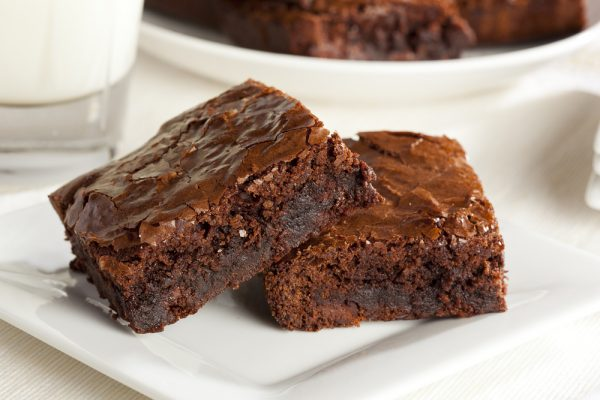 HOW TO MAKE EASY POT BROWNIES USING BROWNIE MIX